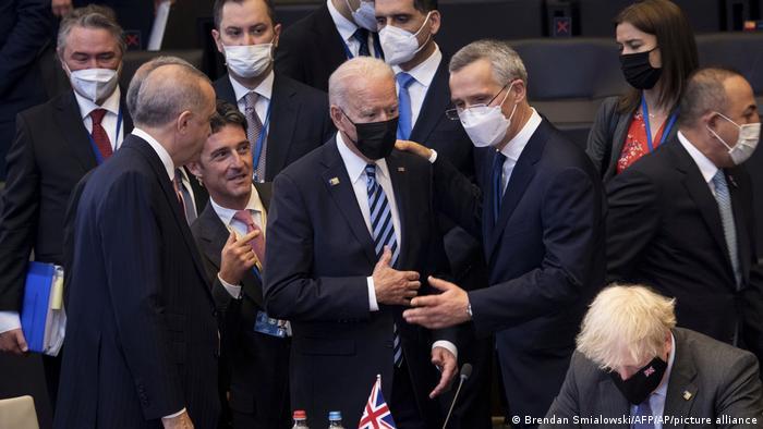 Президент США Джо Байден и генсек НАТО Йенс Столтенберг