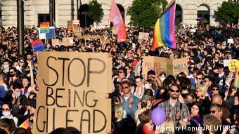 Демонстрация в Будапеште против закона о гей-пропаганде, 14 июня 2021 года