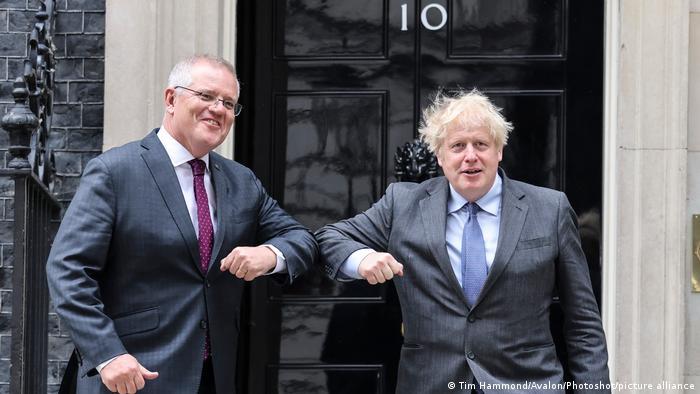 Scott Morrison, primer ministro de Australia y su homólogo británico, Boris Johnson.