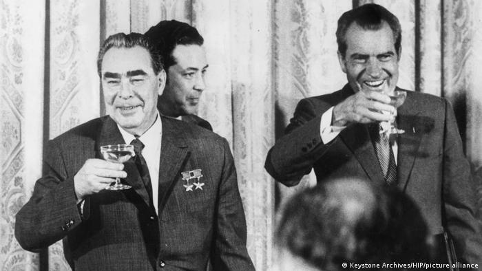 Леонид Брежнев и Ричард Никсон в Москве