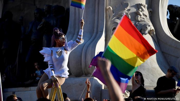 TABLEAU   Ungarn Budapest LGBTQ Protest