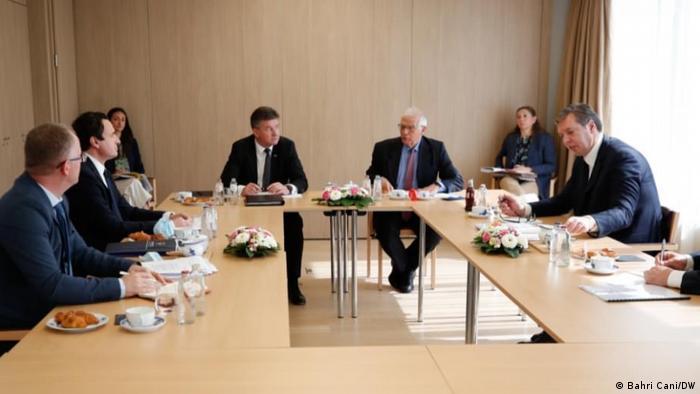 Brüssel Treffen Vucic und Kurti mit EU Chefdiplomat Josep Borrell