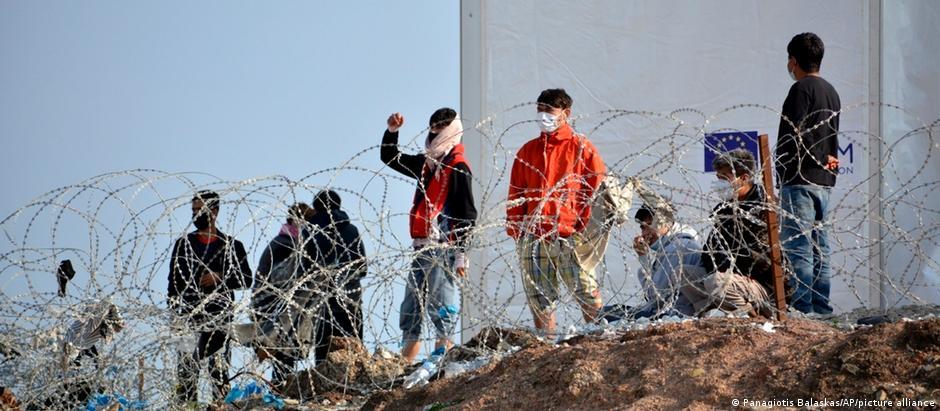 Мігранти в таборі на грецькому острові Самос