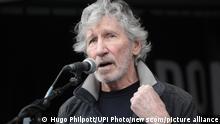 Großbritannien London | Free Julian Assange Demo | Roger Waters