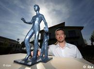 Modell für ein Denkmal für Dominik Brunner (Foto: DPA)