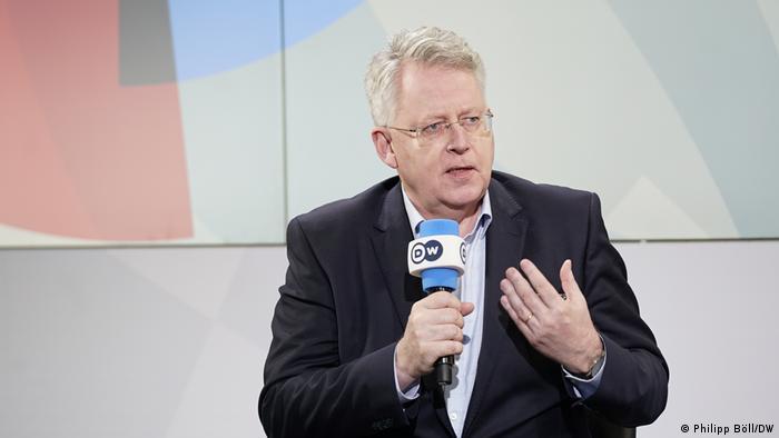 المدير العام لمؤسسة دويتشه فيله بيتر ليمبورغ