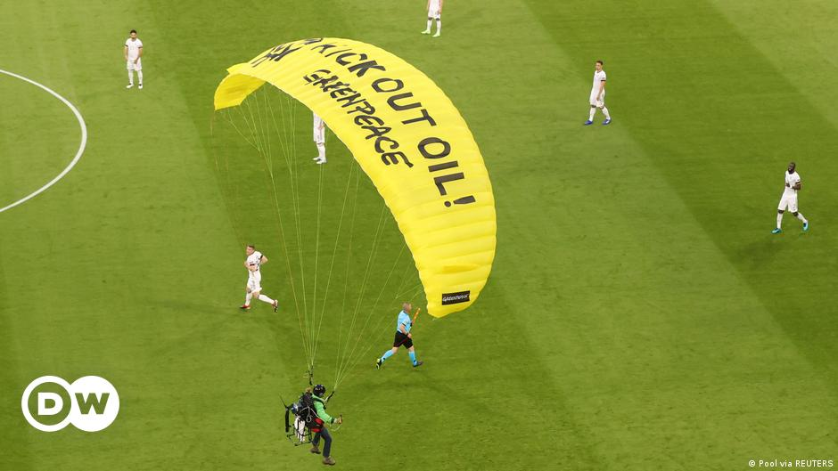 German police probe failed Greenpeace Euro 2020 protest