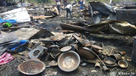 Indien Delhi | Zerstörtes Rohingiya Camp