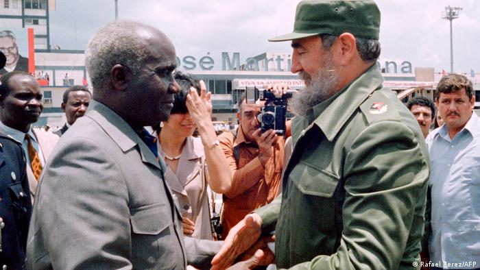 Kenneth Kaunda et Fidel Castro