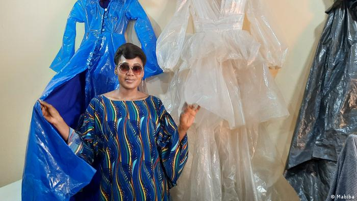 Biba AmadouKountché dans son atelier à Niamey au Niger