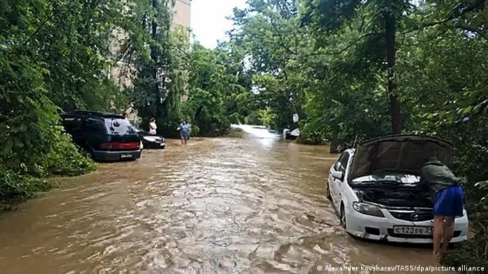 Затоплена кримська вулиця