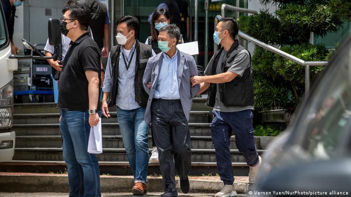 Festnahme von führenden Mitarbeitern der Zeitung Apple Daily vor knapp einer Woche in Hongkong