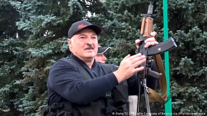 Bitte nicht verwenden NUR für den Belarus Special des Investigativ-Teams, Sandra Petersmann