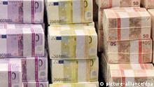 Dossierbild Tryptychon Euro Geld Schulden Krise 3