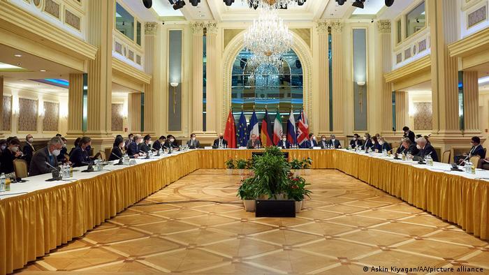 جانب من الاجتماعات بشأن الاتفاق النووي الإيراني في فيينا