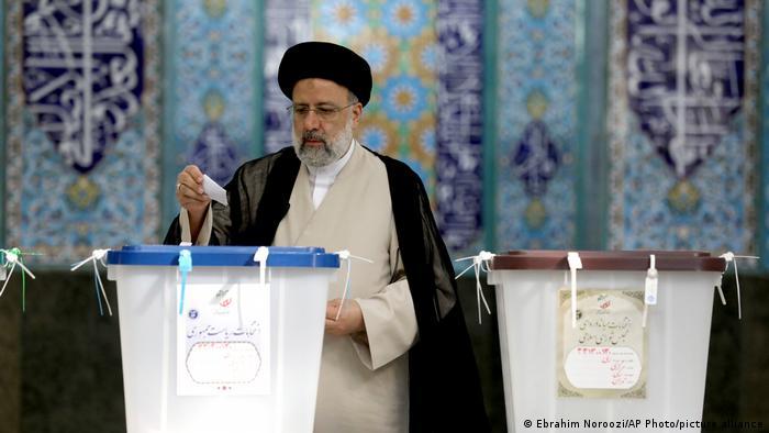 انتخابات الرئاسة في إيران 2021 (المرشح الأوفر حظا هو إبراهيم رئيسي)