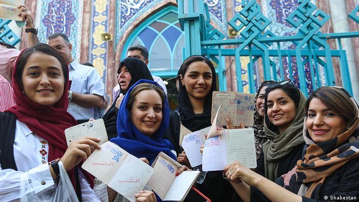 تصویر حوزه اخذ رای حسینه ارشاد در انتخابات سال ۱۳۹۶ را نشان میدهد.