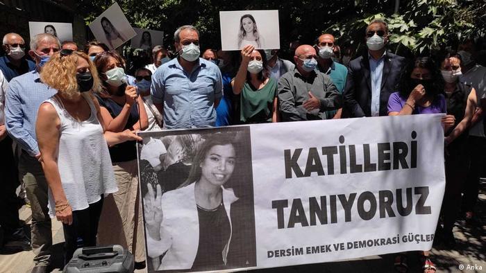 Deniz Poyraz'ın öldürülmesi çeşitli kentlerde protesto edildi