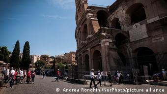 Ιταλία, χαλαρώσεις μέτρων