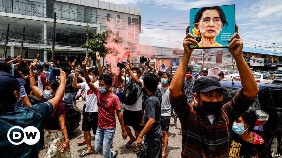 Myanmar: Rights group slams junta ahead of coup anniversary