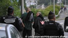 Frankreich Bretagne Redon | Polizei löst illegalen Rave auf