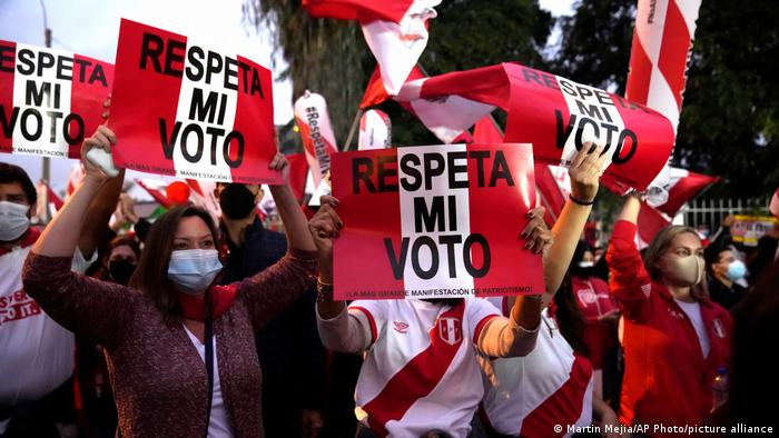 Protestors take to the streets in Lima, Peru