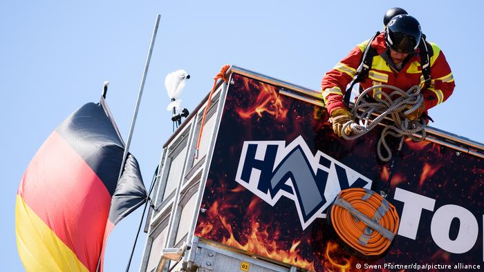 Hannover Feuerwehrleute bei FireFit European Championships