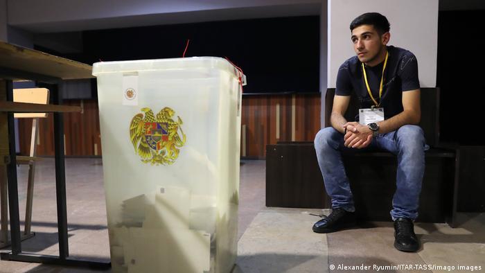 Куда пойдет Армения после досрочных парламентских выборов?