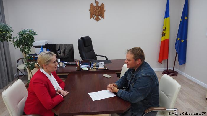 Rodica Antoci în dialog cu jurnalistul DW, Vitalie Călugăreanu