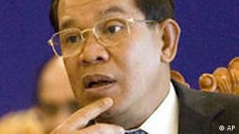 Hun Sen: close to Hanoi