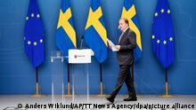 Stefan Löfven, Premierminister von Schweden, kommt nach einem Misstrauensvotum zu einer Pressekonferenz. Das schwedische Parlament hat dem Regierungschef Stefan Löfven sein Misstrauen ausgesprochen. +++ dpa-Bildfunk +++