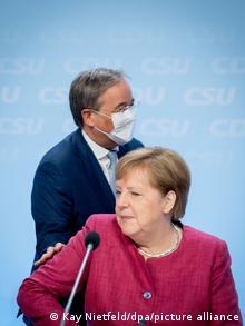 Armin Laschet e Angela Merkel