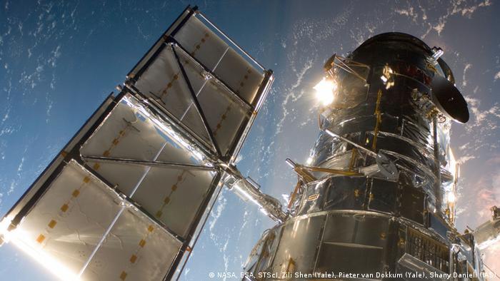 El miembro del equipo Zili Shen, de la Universidad de Yale, dice que las nuevas observaciones del Hubble les ayudan a confirmar que DF2 no solo está más lejos de la Tierra de lo que sugieren algunos astrónomos, sino que también está ligeramente más lejos que las estimaciones originales del equipo.