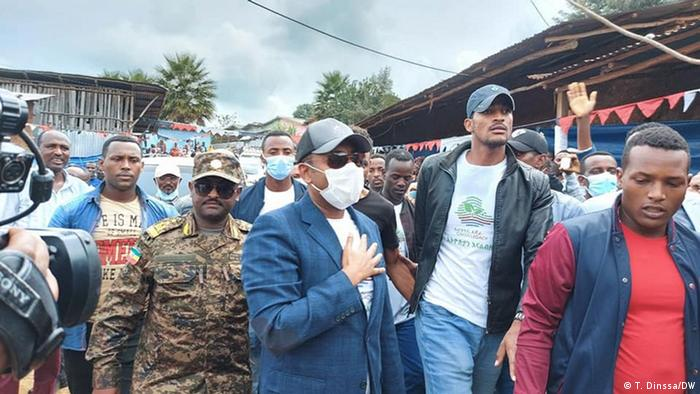 Ethiopia's premier Abiy Ahmed surrounded by bodyguards.