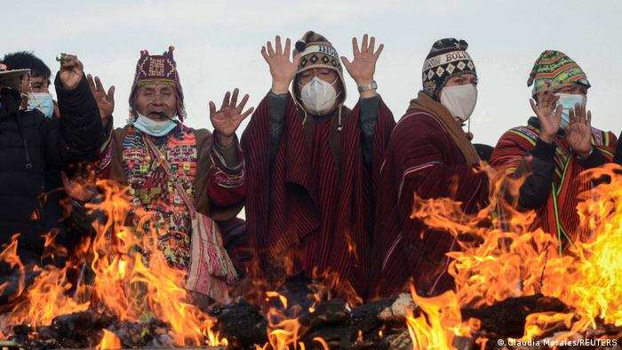 BdTD Bolivien   Indigenes Neujahrsfest in Tiwanaku