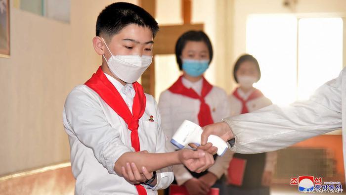 Symbolbild Coronavirus in Nordkorea | Pjöngjang Schüler