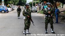 Kolumbien Cúcuta | Kontrollen an der Grenze | Soldaten