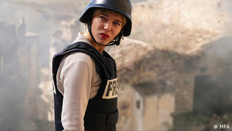 Filmstill 'France': Lea Seydoux als Kriegsreporterin