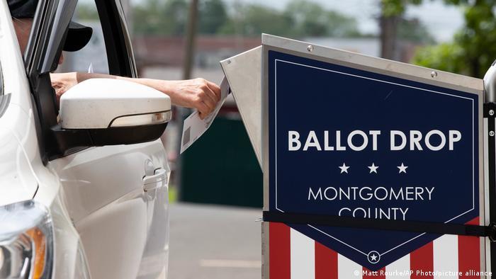 Nicht zuletzt über die Briefwahl wird zwischen US-Demokraten und Republikanern heftig gestritten