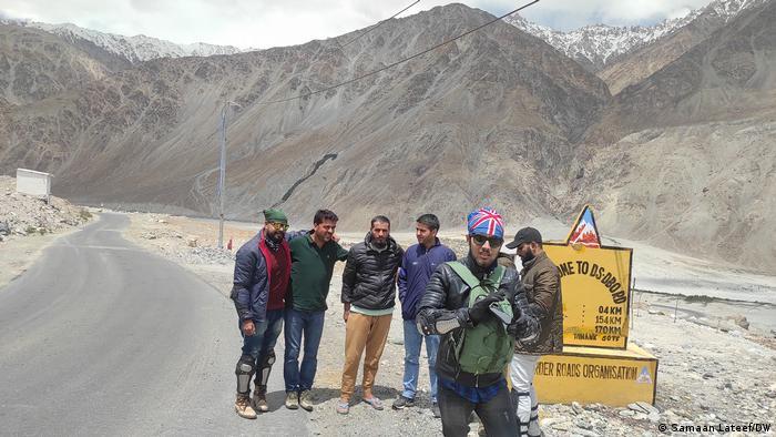 Adventure bikers at the Daulat Beg Oldi road