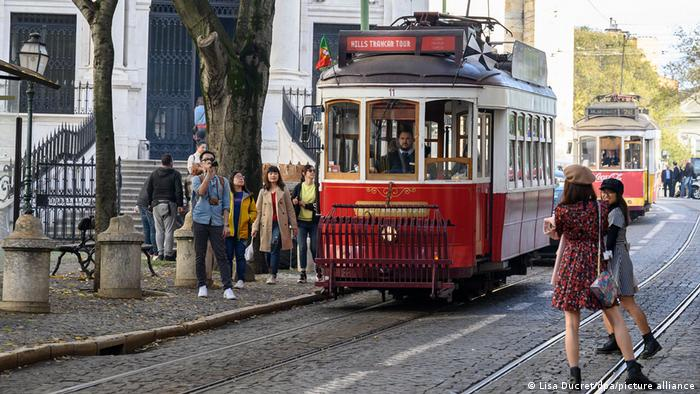 Portugal, tram in Lisabon