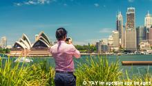 Tourist photographing Sydney skyline, New South Wales, Australia. Copyright: xx 20638320