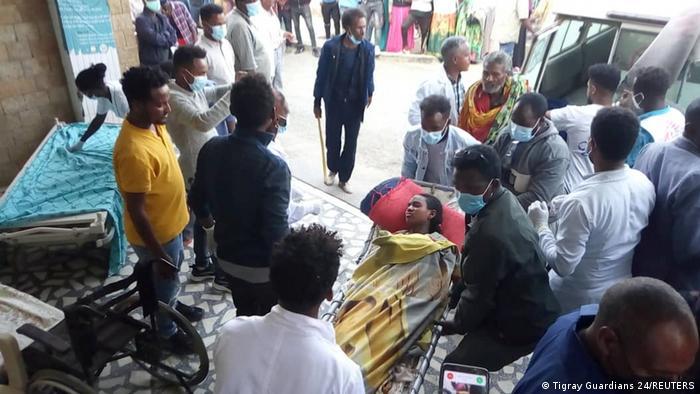 Heridos tras bombardeo en el Tigray.