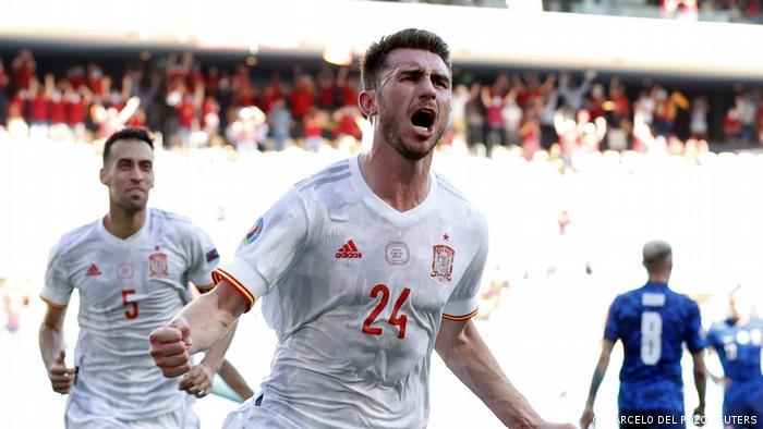 Fußball EM EURO 2021   Slovakei v Spanien   Torjubel 0:2