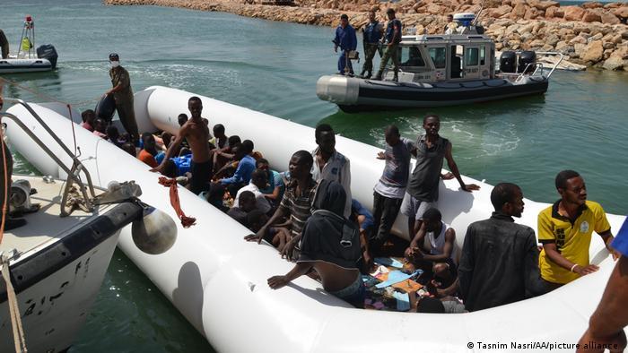 Tunesien Boot mit 125 illegalen Einwanderern wurde gerettet