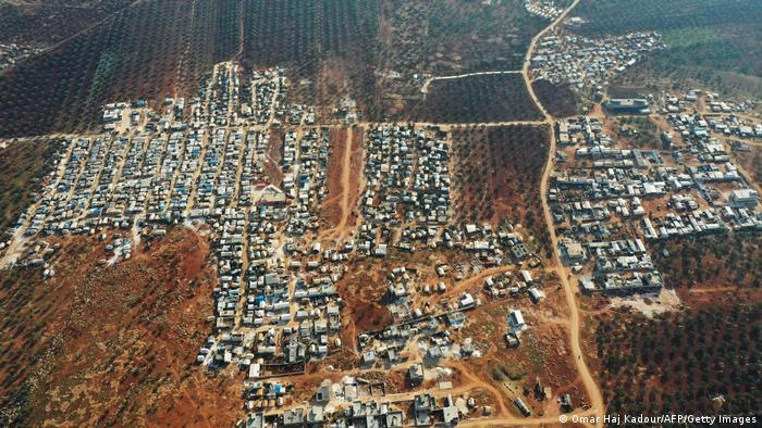 Izbjeglički logor u blizini graničnog prijelaza Bab Al Hawa