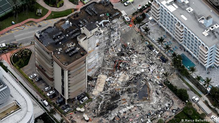 USA Wohnhaus in Surfside eingestürzt