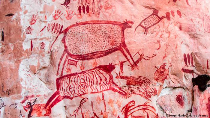 El arte de nuestros ancestros nos da pistas sobre nuestro pasado. Estas pinturas rupestres del Parque Nacional de Chiribiquete, en Colombia, tienen más de 22.000 años de antigüedad. Los arqueólogos creen que los humanos se asentaron en América hace unos 20.000 o 30.000 años.