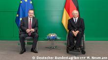 Bundestagspräsident Dr. Wolfgang Schäuble (r), CDU/CSU, MdB, empfängt den Parlamentspräsidenten Serbiens, Ivica Dačić (l), zu einem Gespräch. 25. Juni 2021