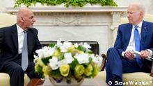 25/06/21++++++ President Joe Biden, right, meets with Afghan President Ashraf Ghani, left, in the Oval Office of the White House in Washington, Friday, June 25, 2021. (AP Photo/Susan Walsh)